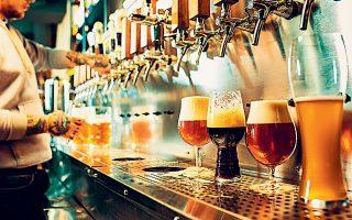 Σύμφωνα με τα τελευταία διαθέσιμα στοιχεία (2017), η παραγωγή μπίρας στην Ελλάδα ανέρχεται σε 3,8 εκατομμύρια εκατόλιτρα και πλέον λειτουργούν στη χώρα πάνω από 45 ζυθοποιίες.