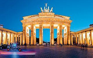 ΔΝΤ, E.E. και ΕΚΤ ζητούν την παρέμβαση της γερμανικής κυβέρνησης.