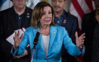 n-pelosi-apanthropi-i-metacheirisi-ton-metanaston-sta-synora-me-to-mexiko0