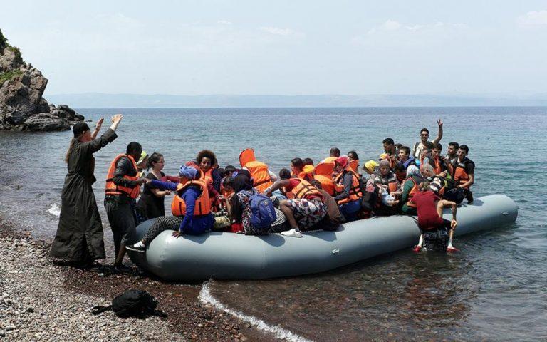 Κλιμακώνει την ένταση μέσω μεταναστευτικού η Αγκυρα