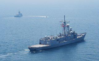 Τις τελευταίες ημέρες, κυρίως μέσω της έκδοσης NAVTEX, οι οποίες αφορούν τη θαλάσσια έκταση από τα δυτικά της Κύπρου μέχρι τα νότια του Καστελλόριζου, η Aγκυρα δεσμεύει περιοχές για ναυτικά γυμνάσια ή ασκήσεις με πυρά.