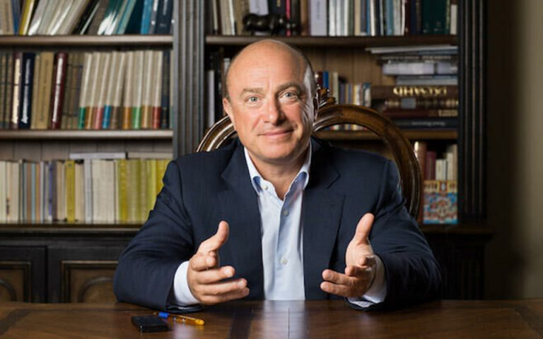 Μιχαήλ Αμπράμοφ: Ο Ρώσος επιχειρηματίας και συλλέκτης έργων Τέχνης που σκοτώθηκε στον Πόρο