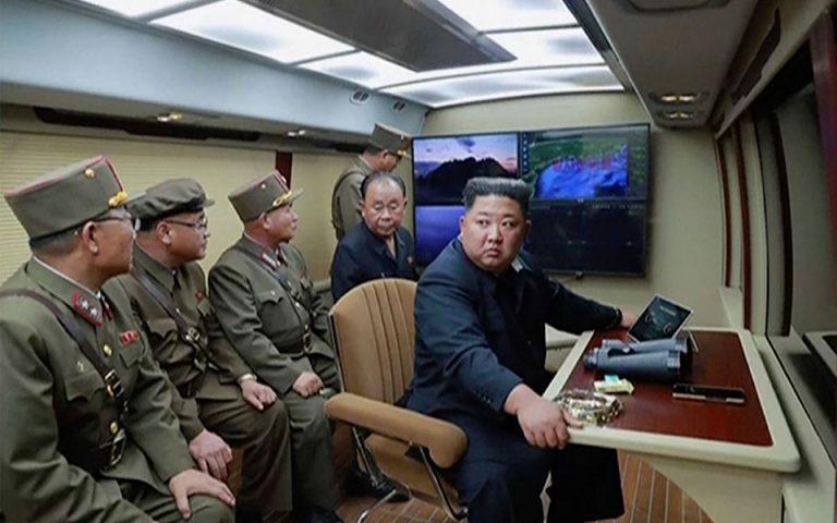 Δύο αγνώστου τύπου πυραύλους εκτόξευσε η Βόρεια Κορέα