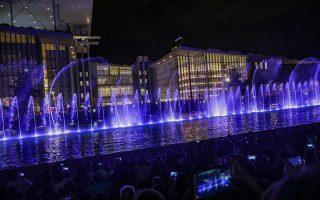 Τα Χορογραφημένα Σιντριβάνια στο Κανάλι του ΚΠΙΣΝ εμπλουτίζουν το πρόγραμμά τους με δύο ακόμη water shows, σε μουσική Νίκου Σκαλκώτα και Ντμίτρι Σοστακόβιτς.