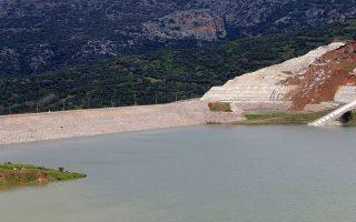 Οταν πραγματοποιηθεί η πλήρης κάλυψη του ταμιευτήρα του κυρίως φράγματος, θα περιέχει 50 εκατ. κυβικά μέτρα νερού, καλύπτοντας πλήρως τις ανάγκες υδροδότησης της Πάτρας.