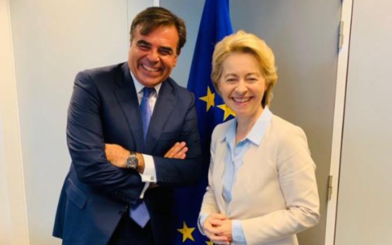 Μ. Σχοινάς σε Ούρσουλα φον ντερ Λάιεν: Εχουμε μπροστά μας πολλή δουλειά και μεγάλες προκλήσεις