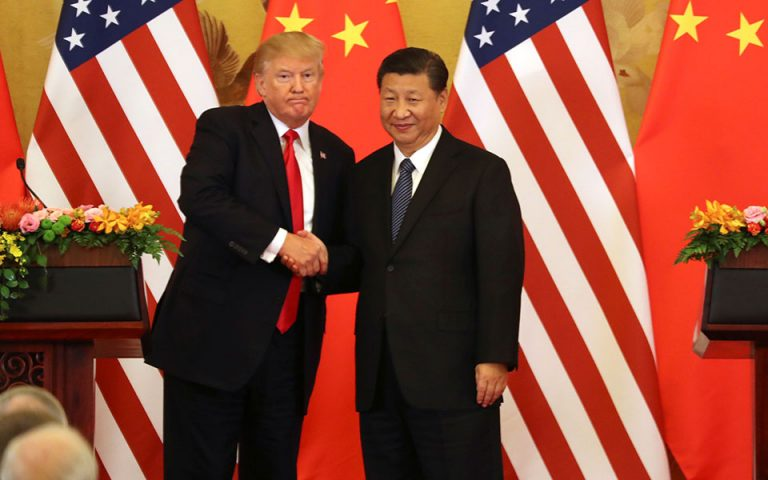 Η απειλή Τραμπ για νέους δασμούς φέρνει αντίποινα από το Πεκίνο