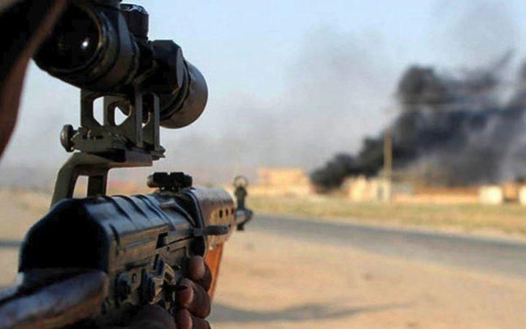 Δεκάδες νεκροί σε εχθροπραξίες στη Συρία – Ανάμεσά τους 10 άμαχοι