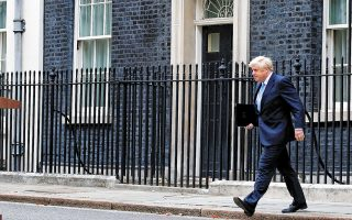 Απέκλεισε κάθε ενδεχόμενο παράτασης του Brexit πέραν της 31ης Οκτωβρίου ο Βρετανός πρωθυπουργός Μπόρις Τζόνσον σε χθεσινό διάγγελμά του, εν μέσω σεναρίων ότι θα προκηρύξει πρόωρες εκλογές σε περίπτωση ανταρσίας του Κοινοβουλίου.