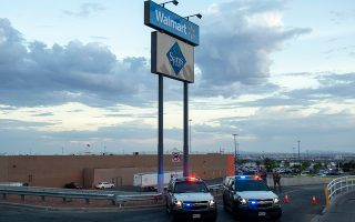 Στις 3 Αυγούστου ένοπλος άνοιξε πυρ σε υποκατάστημα της εταιρείας Walmart, στο Ελ Πάσο του Τέξας, σκοτώνοντας 22 ανθρώπους.