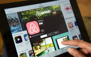 Η Airbnb ισχυρίζεται πως δημιουργεί νέες ευκαιρίες για εκατομμύρια Ευρωπαίους.