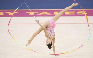 Επτά και δέκα. Η  Maria Baca Ano της Ισπανίας συμμετέχει στο Παγκόσμιο Πρωτάθλημα Ρυθμικής Γυμναστικής στο Μπακού του Αζερμπαϊτζάν.  EPA/TATYANA ZENKOVICH