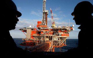 Η τιμή του αργού πετρελαίου στη Νέα Υόρκη έφθασε χθες στο υψηλό των 58,76 δολ. το βαρέλι.