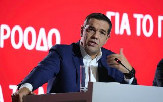 al-tsipras-sti-deth-tha-askisoyme-machitiki-kai-epoikodomitiki-antipoliteysi0