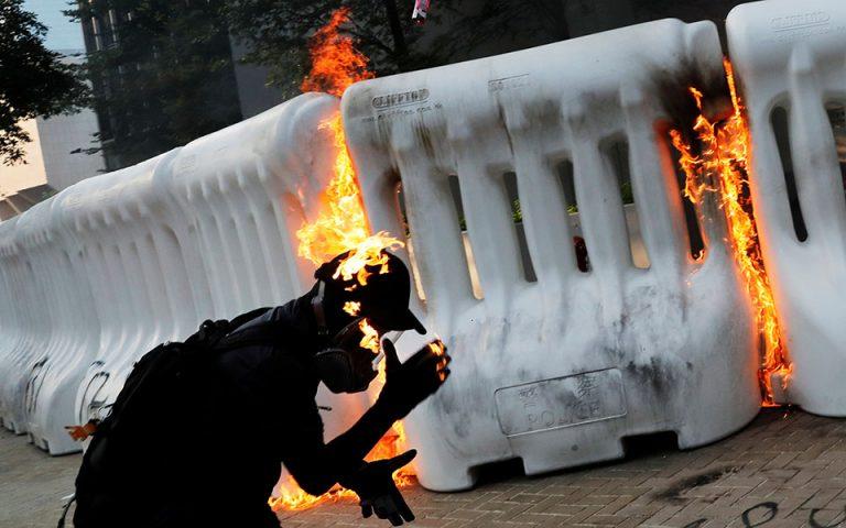 Χονγκ Κονγκ: Νέα επεισόδια μεταξύ αστυνομίας και διαδηλωτών