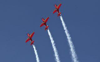 athens-flying-week-entyposiakes-eikones-apo-tin-tanagra0
