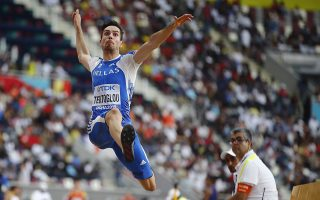 epa07874183 Miltiadis Tentoglou of Greece in action during the men's Long Jump qualification of the IAAF World Athletics Championships 2019 at the Khalifa Stadium in Doha, Qatar, 27 September 2019. EPA/DIEGO AZUBEL