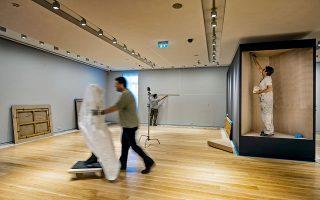 Ιούλιος 2019 και τα έργα της συλλογής Γουλανδρή έχουν φθάσει στη νέα τους διεύθυνση. Δύο μήνες μετά, το νέο μουσείο είναι έτοιμο να υποδεχθεί τους πρώτους του επισκέπτες. Φωτογραφίες: Βαγγέλης Ζαβός