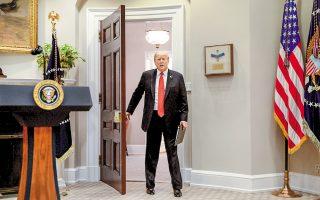 Ο Αμερικανός πρόεδρος Ντόναλντ Τραμπ στον Λευκό Οίκο.