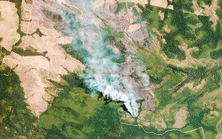 Κατά τη διάρκεια του Αυγούστου, στη Βραζιλία καταγράφηκαν συνολικά 30.901 πυρκαγιές στην καρδιά του Αμαζονίου. Πρόκειται για αριθμό σχεδόν τριπλάσιο των πυρκαγιών που καταγράφηκαν τον περυσινό Αύγουστο, όπως αποδεικνύουν τα στοιχεία του Εθνικού Ινστιτούτου Διαστημικής Ερευνας.