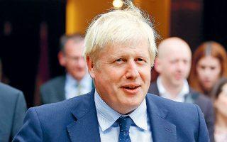 Ο Βρετανός πρωθυπουργός Μπόρις Τζόνσον, χθες, στο Λουξεμβούργο.  Η Ντάουνινγκ Στριτ ανέφερε ότι οι συνομιλίες Βρετανίας - Ε.Ε. θα ενταθούν.