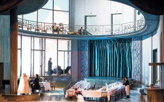 Η παράσταση, που κάνει πρεμιέρα στις 11 Οκτωβρίου ανοίγοντας τη σεζόν για την Εθνική Λυρική Σκηνή, είναι μια παραγωγή υψηλής αισθητικής σε σκηνοθεσία του Μάρκο Αρτούρο Μαρέλι.