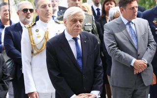 epa07860858 Greek president Prokopis Pavlopoulos (C) attends a ceremony at the military cemetery in Riccione, Italy, 22 September 2019.  EPA/PASQUALE BOVE