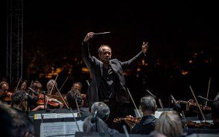 Ο Γιώργος Βράνος διηύθυνε την Κρατική Ορχήστρα Αθηνών σε ένα πρόγραμμα με δημοφιλή έργα Αμερικανών συνθετών.