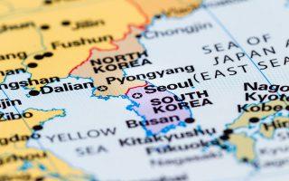 notia-korea-apoklimakonetai-i-stratiotiki-entasi-me-ti-voreia-korea0