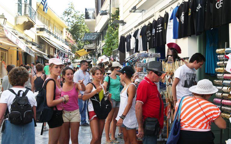 Κατά 13,6% αυξήθηκαν τα τουριστικά έσοδα στο επτάμηνο του 2019