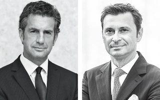 Ο πρόεδρος των New York Times International Στίβεν Ντάνμπαρ-Τζόνσον (αριστερά) και ο Αχιλλέας Τσάλτας, πρόεδρος του Athens Democracy Forum, το οποίο διοργανώνεται μεταξύ 9 και 11 Οκτωβρίου φέρνοντας σε επαφή κορυφαίους δημοσιογράφους των New York Times με διεθνείς ηγέτες, επιχειρηματίες και εμπειρογνώμονες.