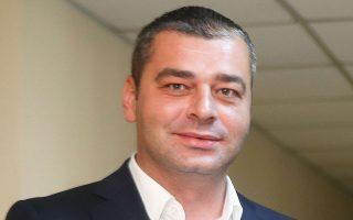 Στην ανάγκη της συνεργασίας όλων των εμπλεκόμενων φορέων ώστε να βελτιωθεί η εικόνα του ελληνικού ποδοσφαίρου, στέκεται ο Ζόραν Λάκοβιτς.