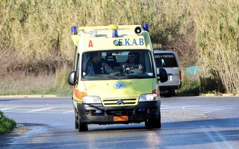 Τροχαίο δυστύχημα με δύο νεκρούς και τρεις τραυματίες στην Αχαΐα