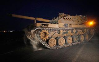 Το ψήφισμα εγκρίνει διασυνοριακές επιχειρήσεις του τουρκικού στρατού έως τις 30 Οκτωβρίου 2020. ASSOCIATED PRESS/LEFTERIS PITARAKIS