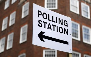 epa07946061 (FILE) - A sign points to a polling station in London, Britain, 01 May 2018 (reissued 24 October 2019). According to media reports, Johnson said he will ask the British Parliament for a general election on 12 December.  EPA/ANDY RAIN *** Local Caption *** 54301163