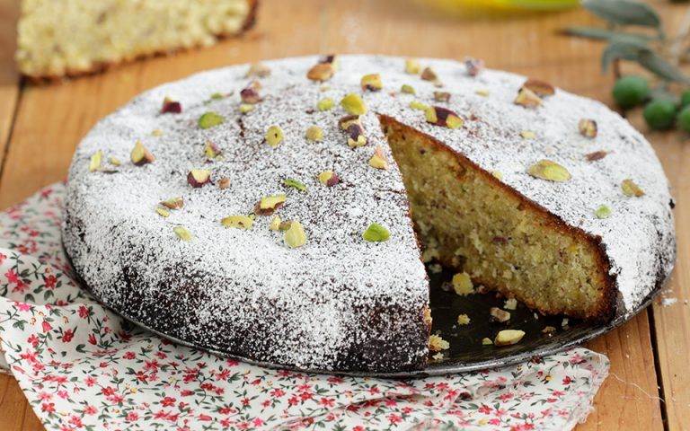 Σιροπιαστό κέικ με ελαιόλαδο
