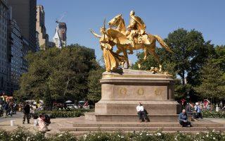 Το άγαλμα του στρατηγού του Εμφυλίου William Tecumseh Sherman στην είσοδο του Central Park