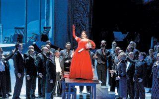 Το χάπι-εντ στην «Υπνοβάτιδα» του Μπελίνι, μια σκηνή θριάμβου για τον μεγάλο πρωταγωνιστικό ρόλο.