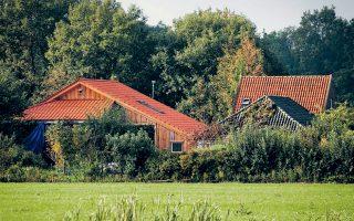 Η ολλανδική αγροικία, σε χώρο της οποίας έμεναν τα επτά μέλη της οικογένειας. Παραμένει άγνωστο εάν κρατούνταν εκεί παρά τη θέλησή τους.