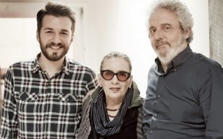 Νικόλα Πιοβάνι, Λίνα Νικολακοπούλου και Θοδωρής Βουτσικάκης στο Μέγαρο Μουσικής.