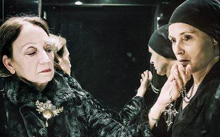Η Κατερίνα Μαραγκού (αριστερά) και η Παρθενόπη Μπουζούρη διεκδικούν τον... θρόνο.