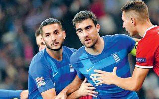 Ο ομοσπονδιακός τεχνικός άφησε εκτός ομάδας για τα επόμενα δύο παιχνίδια με Ιταλία και Βοσνία ηχηρά ονόματα όπως οι Παπασταθόπουλος και Μανωλάς.