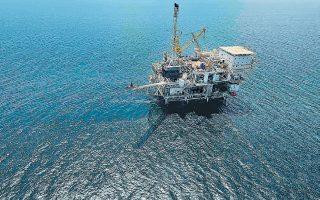 Τα ΕΛΠΕ δεν αποκάλυψαν σε ποια περιοχή βρέθηκαν οι ενδείξεις για το υποθαλάσσιο κοίτασμα τύπου Ζορ. Η εταιρεία προγραμματίζει νέες σεισμικές έρευνες για την επιβεβαίωση του κοιτάσματος φυσικού αερίου.