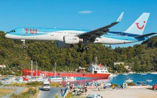 Mε 144 πτήσεις την εβδομάδα, η Ελλάδα είναι ένας από τους κορυφαίους καλοκαιρινούς ταξιδιωτικούς προορισμούς και για την αεροπορική εταιρεία του ομίλου TUI fly.