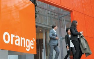 O τίτλος της γαλλικής εταιρείας Orange υποχώρησε κατά 2,58%.
