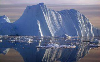 pagovoyno-dekapente-fores-sto-megethos-toy-parisioy-apokollithike-apo-tin-antarktiki0