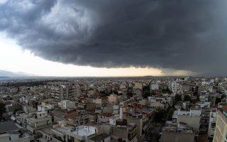 ischyri-chalazoptosi-sto-kentro-tis-athinas-provlimata-kai-katastrofes-se-polles-perioches-tis-choras-vinteo-amp-8211-fotografies-2340566