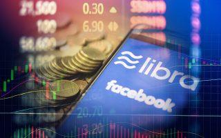 Η τύχη των κρυπτονομισμάτων φαίνεται να κρίνεται, προς το παρόν τουλάχιστον, από όσα συμβαίνουν τελευταία με το libra, το κρυπτονόμισμα και stablecoin που σχεδιάζει το Facebook και φιλοδοξεί, ή τουλάχιστον φιλοδοξούσε μέχρι προσφάτως, να το έχει έτοιμο από το 2020.