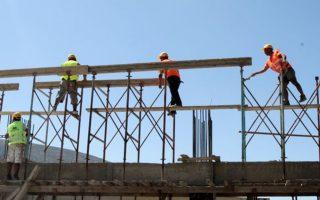 Οι κατασκευαστές εστιάζουν στα νότια προάστια, στις τουριστικές περιοχές του κέντρου της Αθήνας και στα νησιά των Κυκλάδων, στην Κρήτη, στη Ρόδο, στην Κέρκυρα και στη Χαλκιδική.