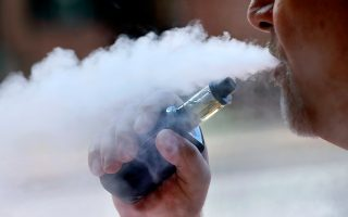 Το άτμισμα δεν καταστρέφει μόνο τις κυψελίδες των πνευμόνων, αλλά και τους αεραγωγούς.